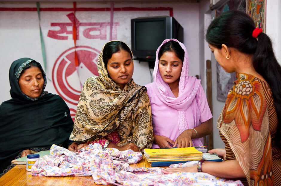 Muslim artisans in a SEWA vocationals center in New Dehli/india.